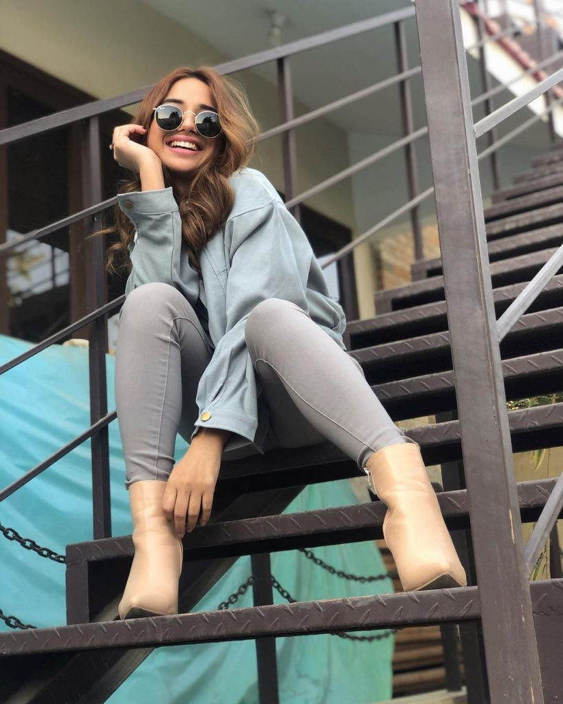 Sabeena Farooq Looks Super Chic While Promoting A Clothing Brand