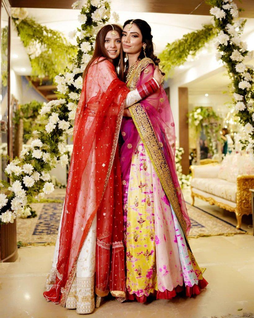 Saeeda Imtiaz Looking Stunning At Her Friend's Dholak