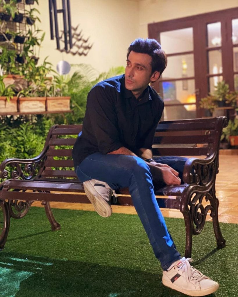 Intense Poses of Sami Khan That Will Melt Your Heart