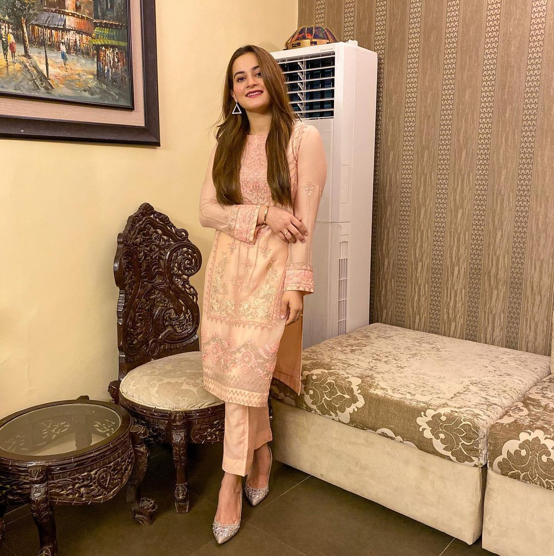 Aiman Khan is Looking Gorgeous in this Yellow Bridal Dress