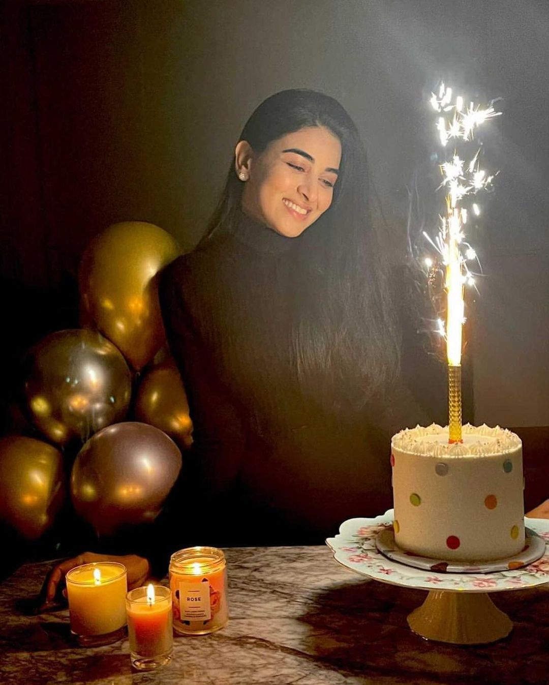 Birthday Pictures of Gorgeous Anmol Baloch