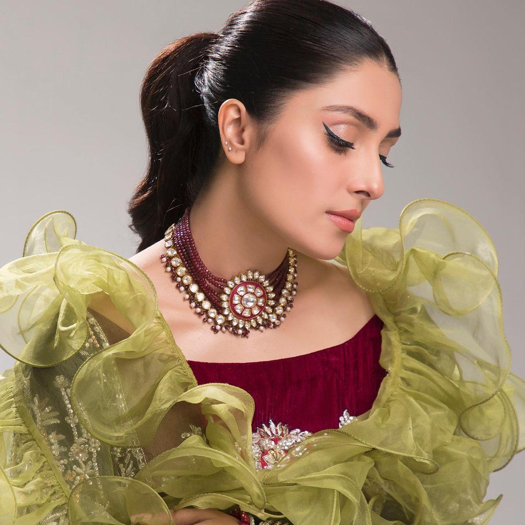 Ayeza Khan Celebrated Her Birthday with Husband Danish Taimoor