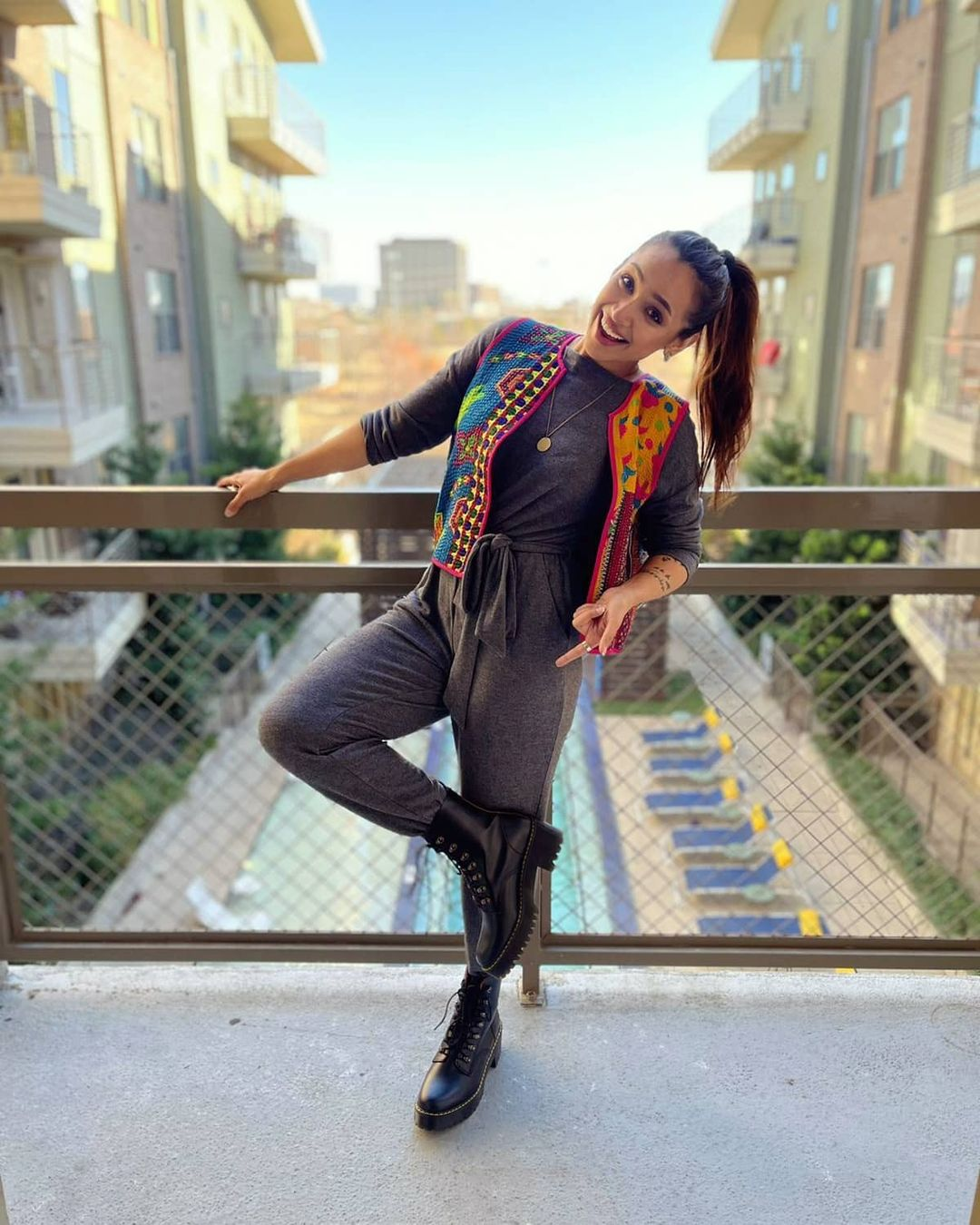 Actress Faryal Mehmood Latest Pictures with Friends from USA