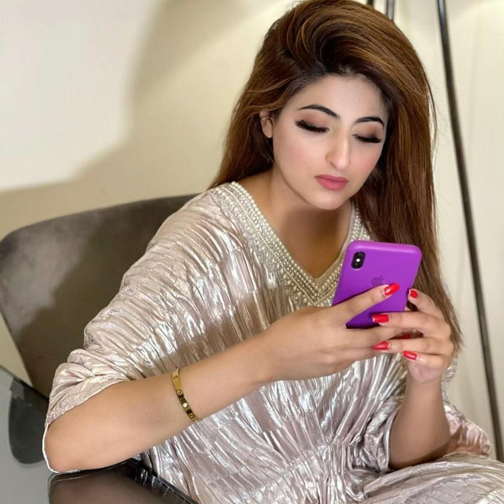 Latest Pictures of Beautiful Actress Fatima Sohail
