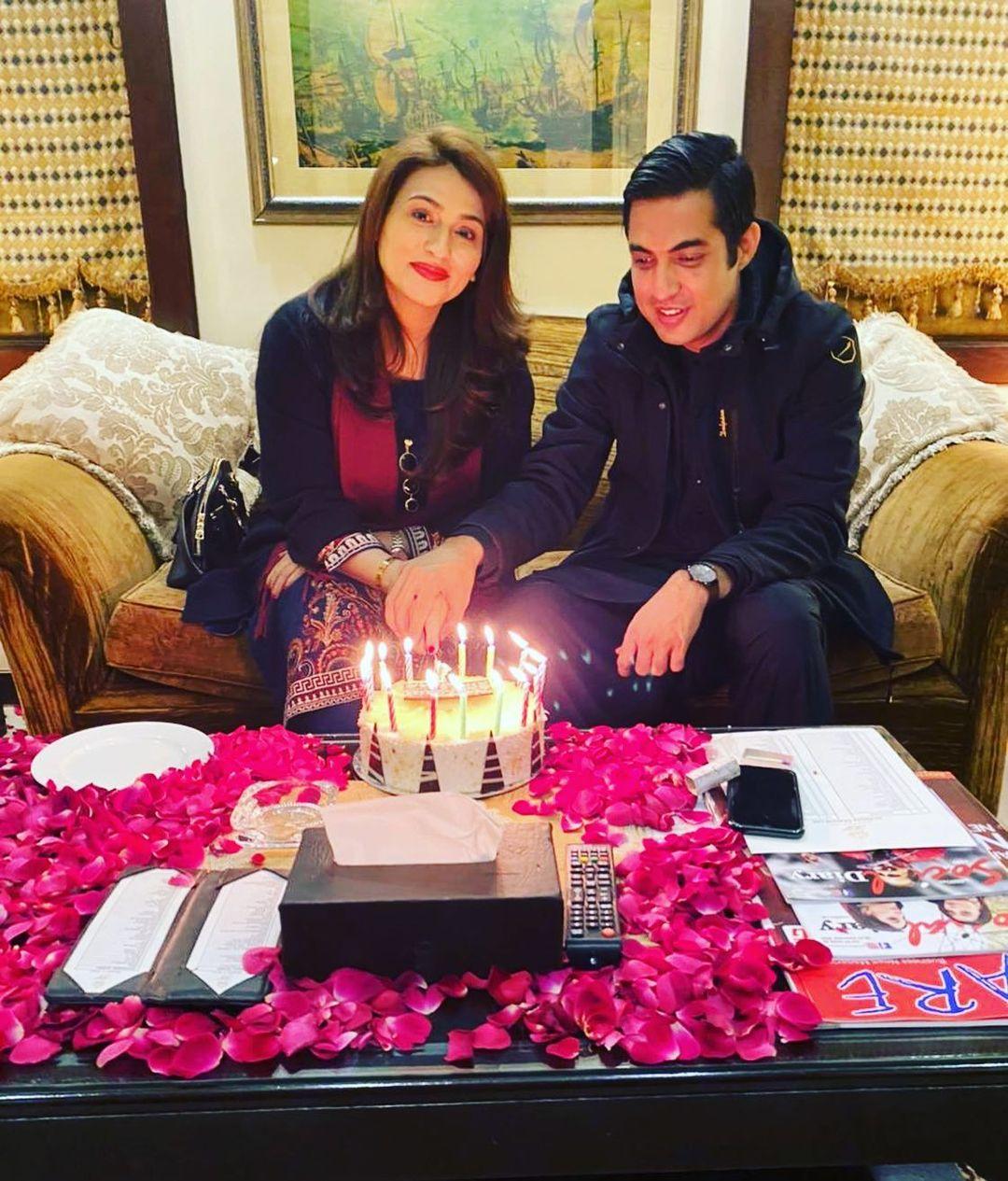 Iqrar ul Hassan Celebrating Birthday of his Wife Qurat ul Ain