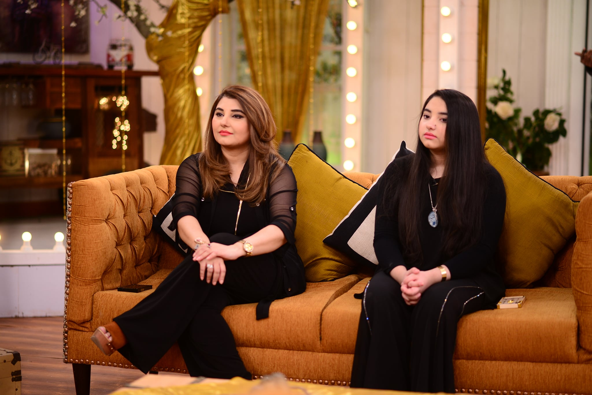 Beautiful Clicks of Javeria and Saud with Family from Good Morning Pakistan