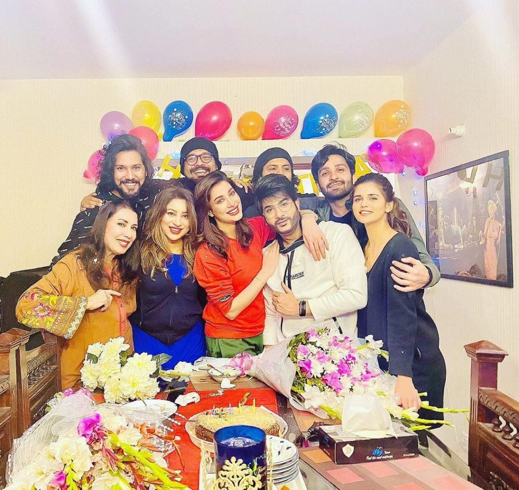 Mehwish Hayat's Birthday Celebration With Friends And Family