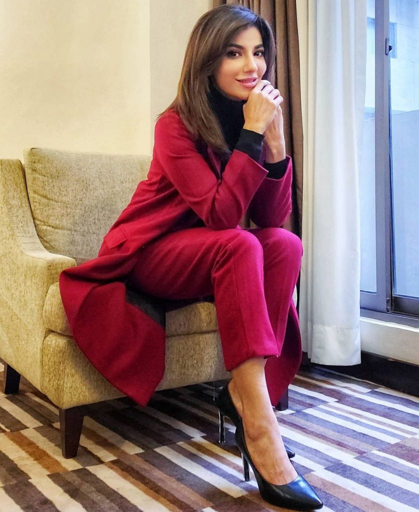 Navin Waqar Looking Uber Chick in Long Jacket