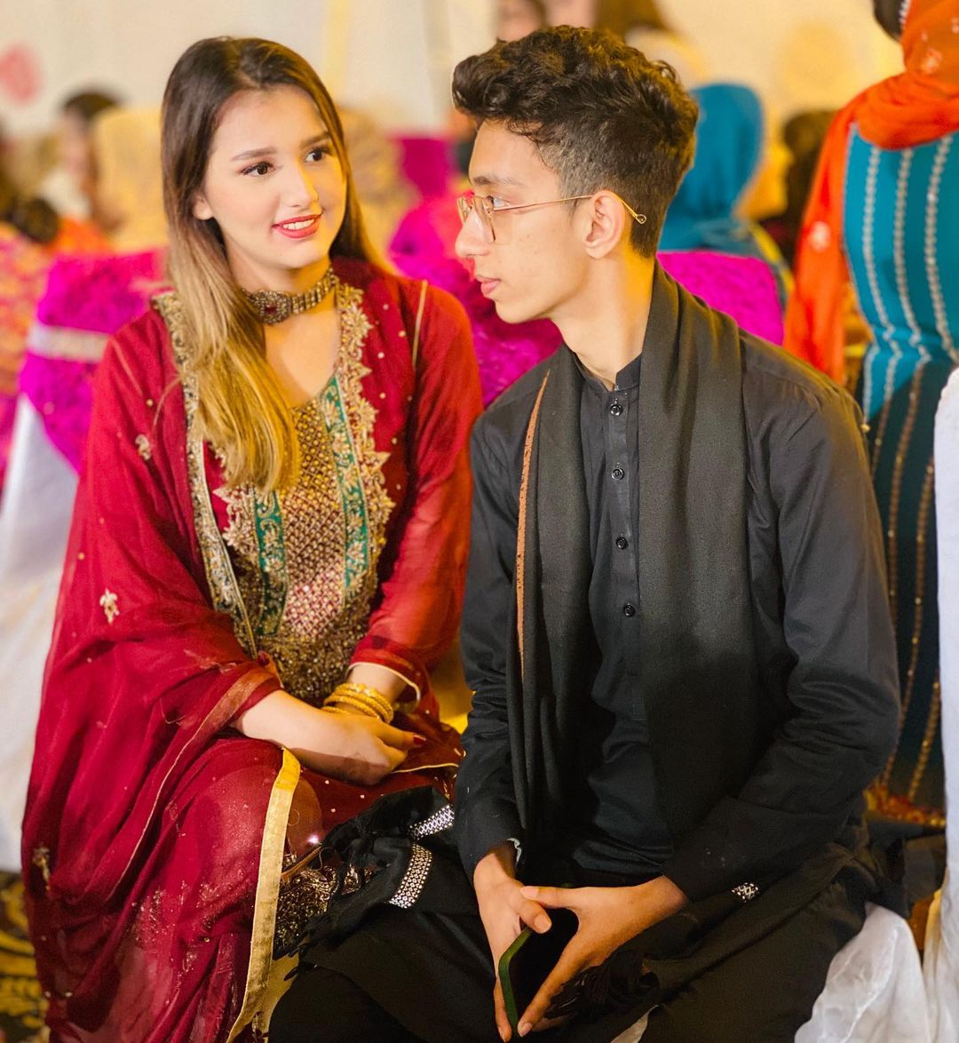 Viral Asad and Nimra First Wedding Anniversary Pictures and Video