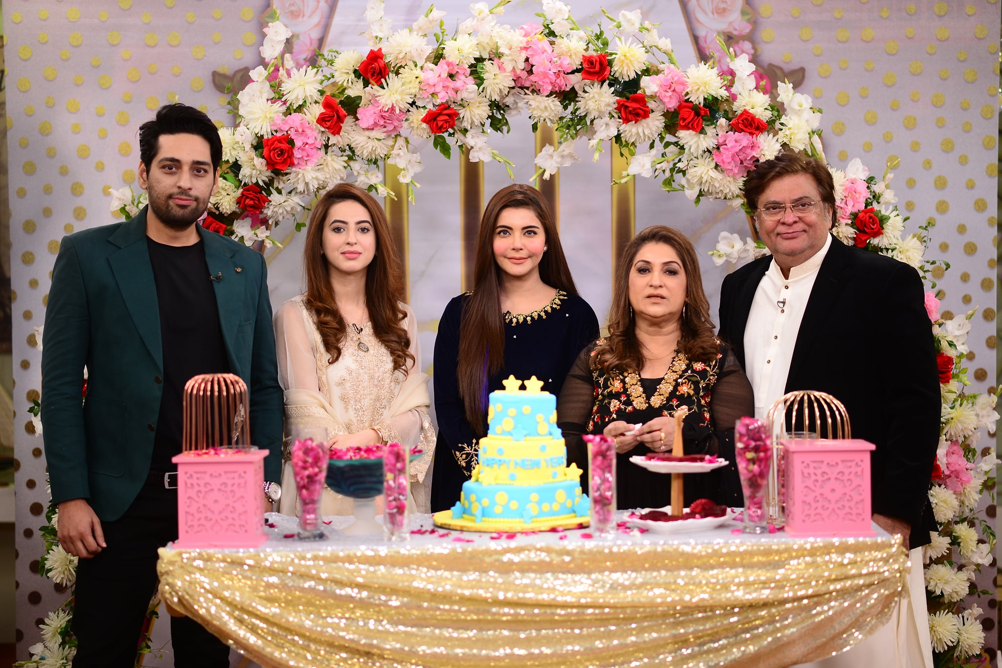 Beautiful Pictures of Salman Saeed with his Wife in Nida Yasir Morning Show