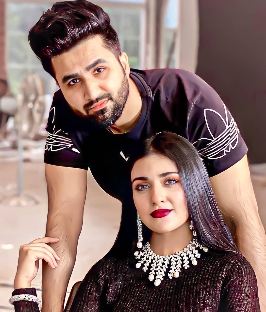 Beautiful Couple Sarah Khan and Falak Shabir - Latest Pictures