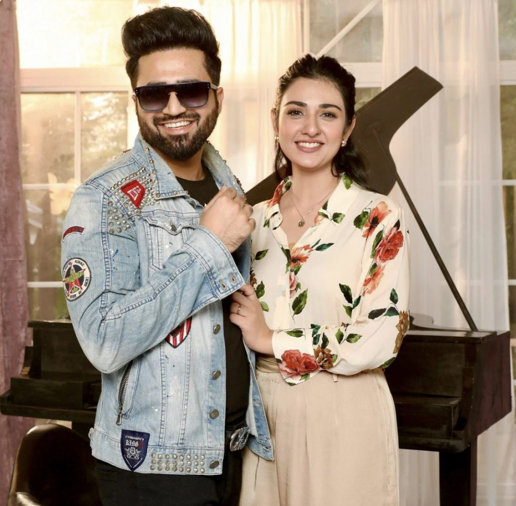 Latest Pictures Of Beautiful Couple Sarah Khan And Falak Shabbir