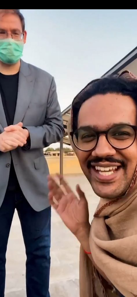 Ali Gul Pir Hilariously Re-Created The Viral Café Video