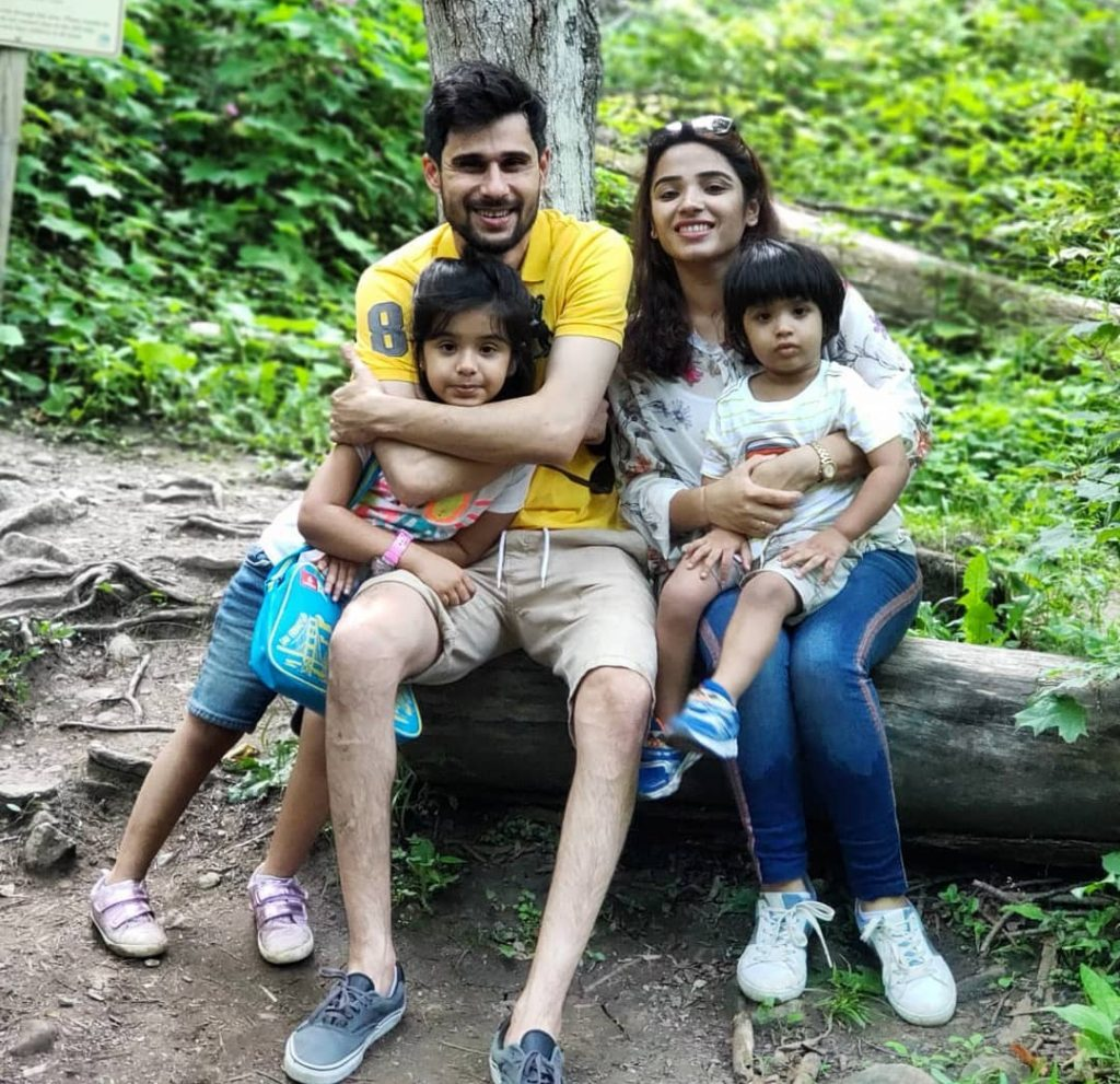 Host Tabish Hashmi's Unseen Family Pictures