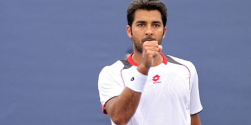 Aisam-ul-Haq's Quarantine Version Of Song Billo Dei Ghar
