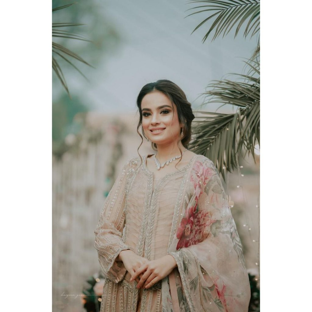 Mesmerizing Pictures Of Alyzeh Gabol From A Family Wedding