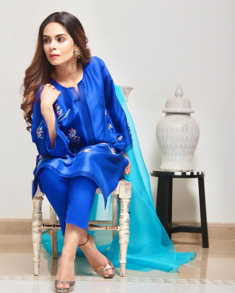 Amar Khan Looks Vibrant In Beautiful Eastern Outfits