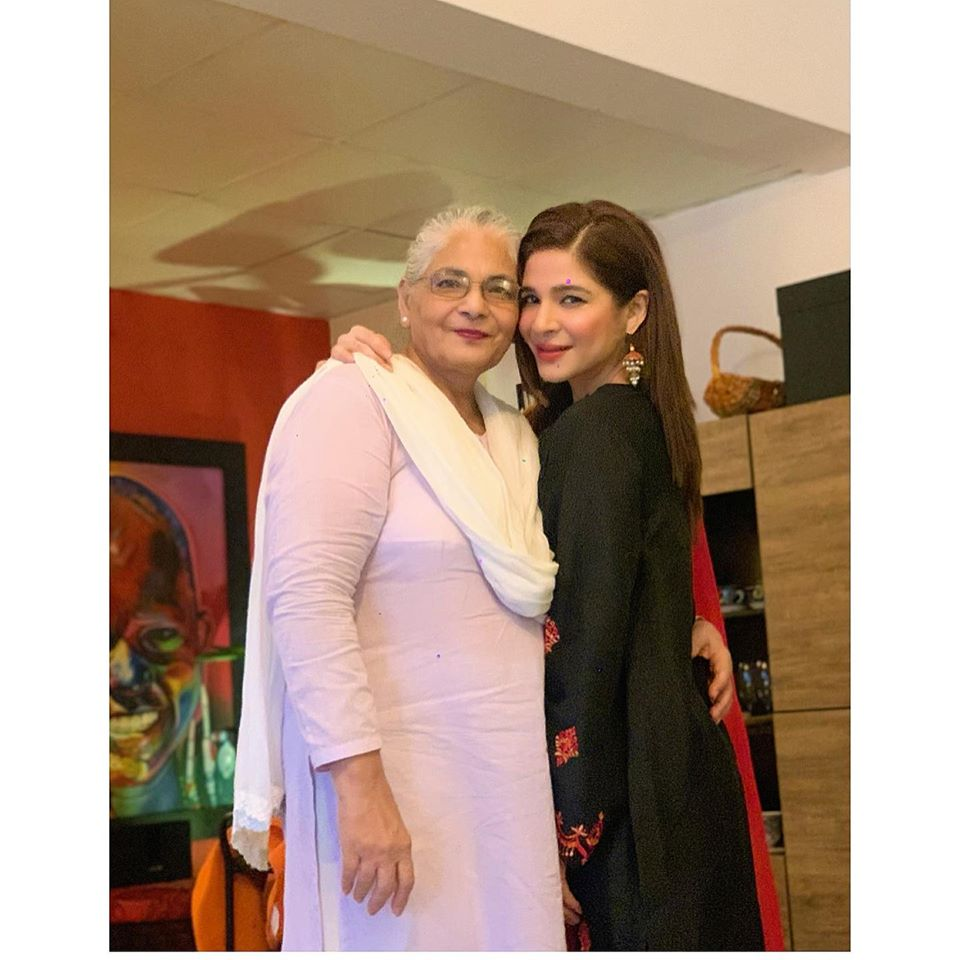 Ayesha Omar Shared The Struggles Of Her Mother After Her Father's Death