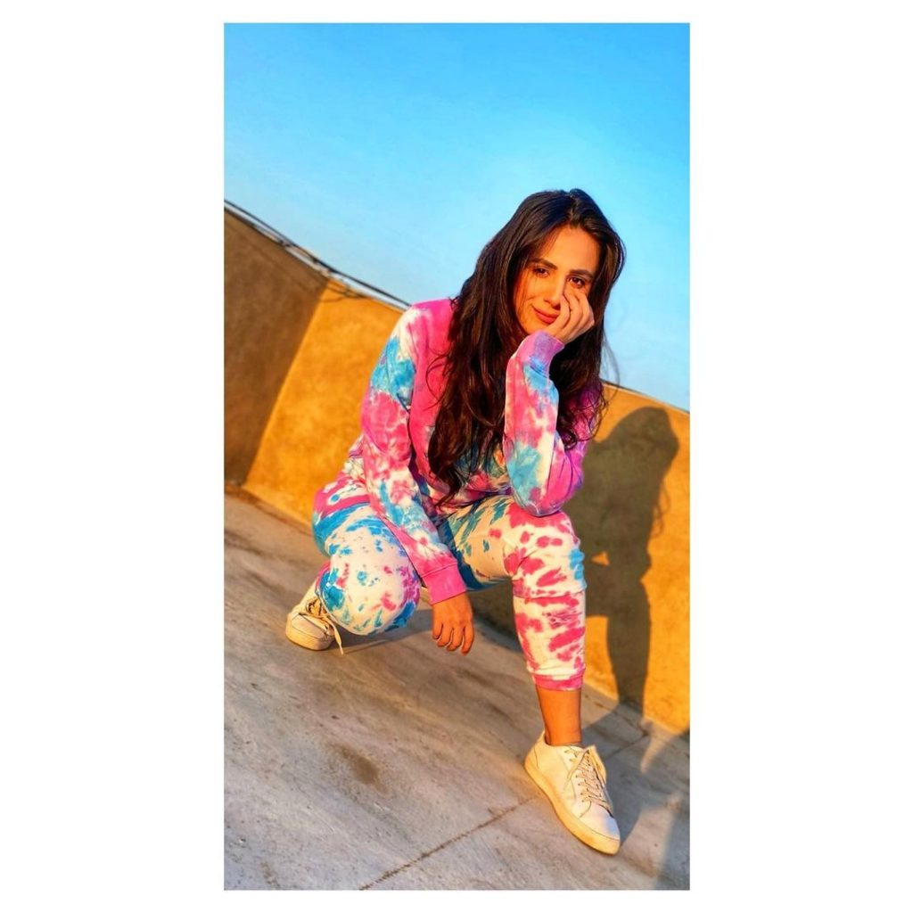 Celebrities Rocking In Tie-Dye Outfits
