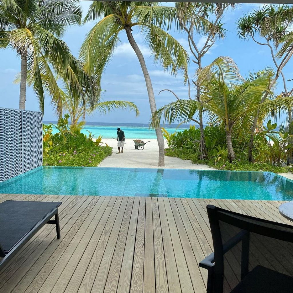 Frieha Altaf And Saqib Malik Vacationing In Maldives