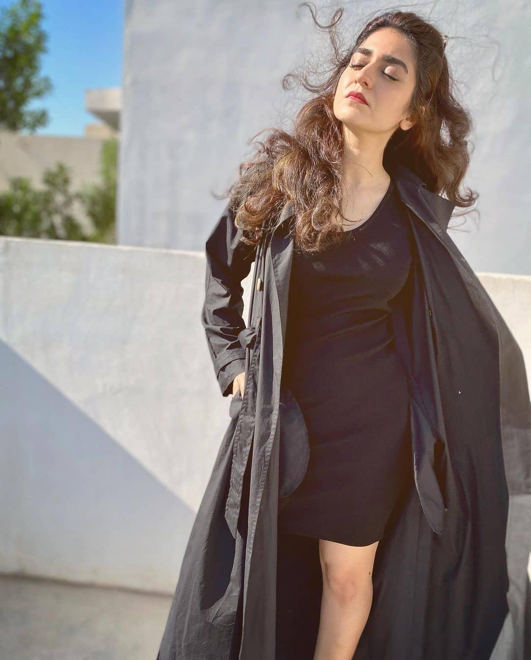 Most Criticized Recent Photos of Pakistani Celebrities