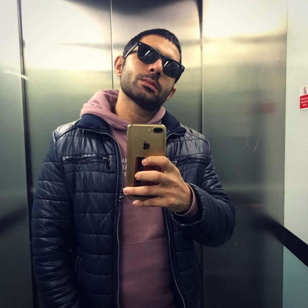 Latest Selfies of Hamza Firdous That are Quite Cool