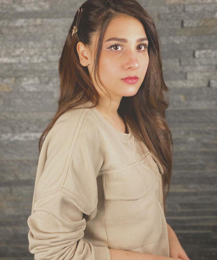 Cuddly Photos of Hina Aagha In Stylish Sweatshirts