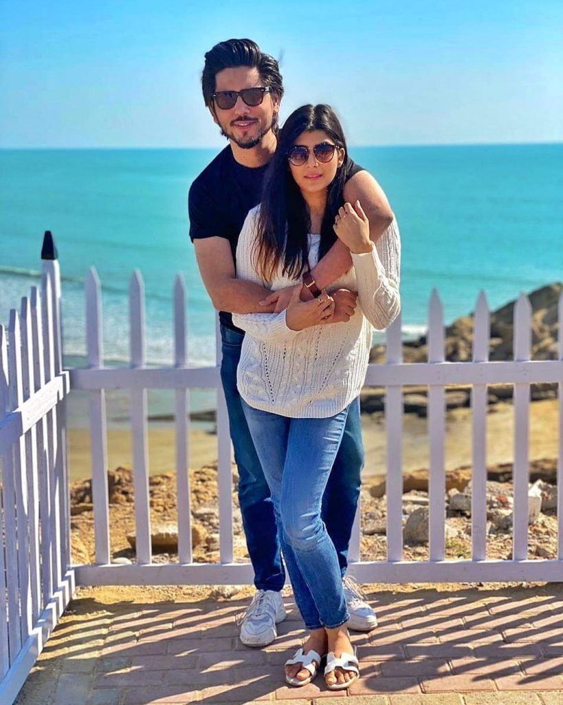 Beautiful Pictures Of Ahmed Godil And His Wife