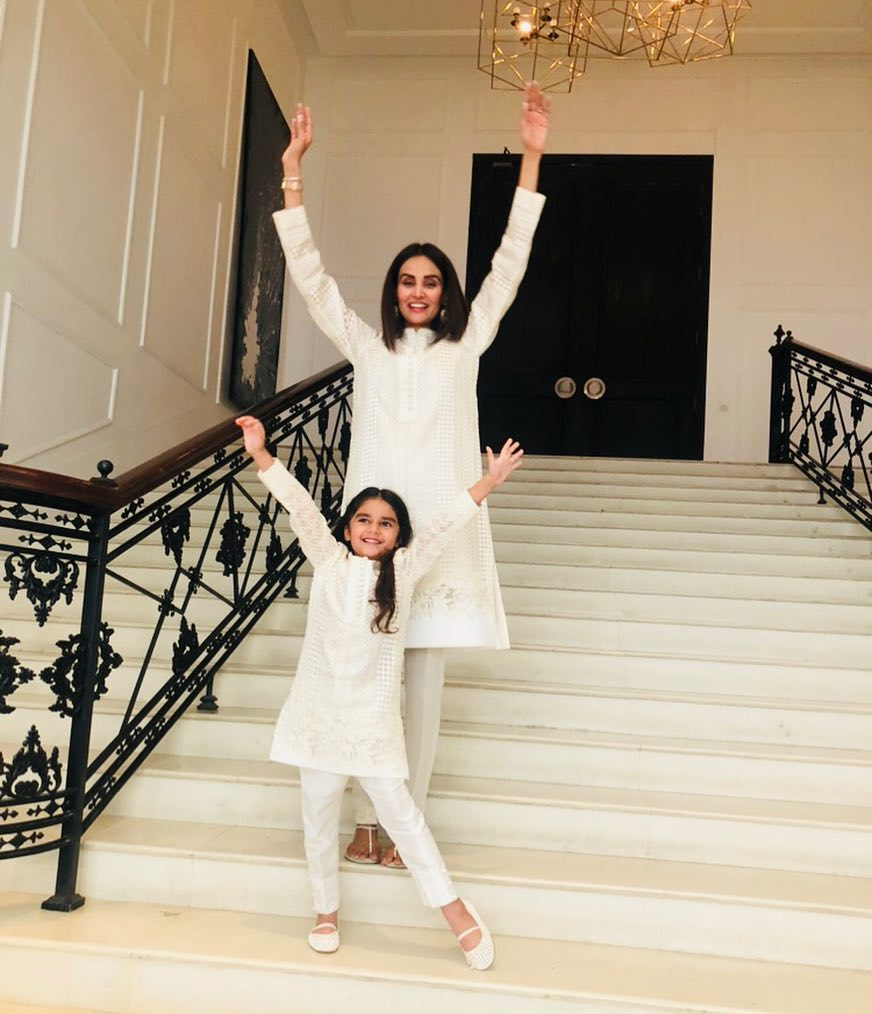 Never-seen Photos of Mehreen Syed With Her Kids and Family