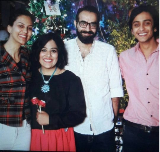 Jinaan Hussain Pictures With Husband