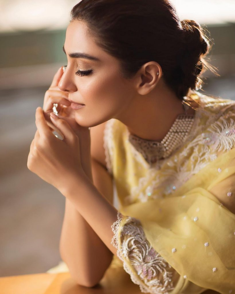 Maya Ali Styled To Perfection In This Ethereal Saree