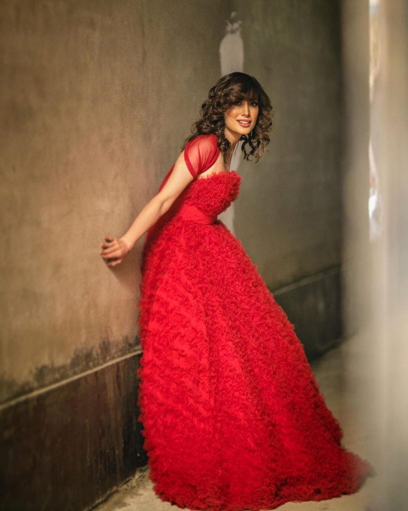 Mehwish Hayat Stuns In Uber Chic Red Outfit