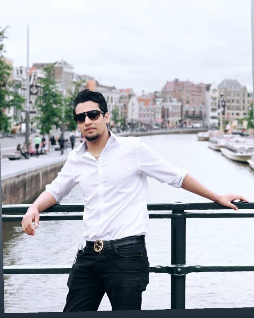 Momin Saqib Or Shahrukh Khan? Raqs-e-Bismil Funny BTS Video