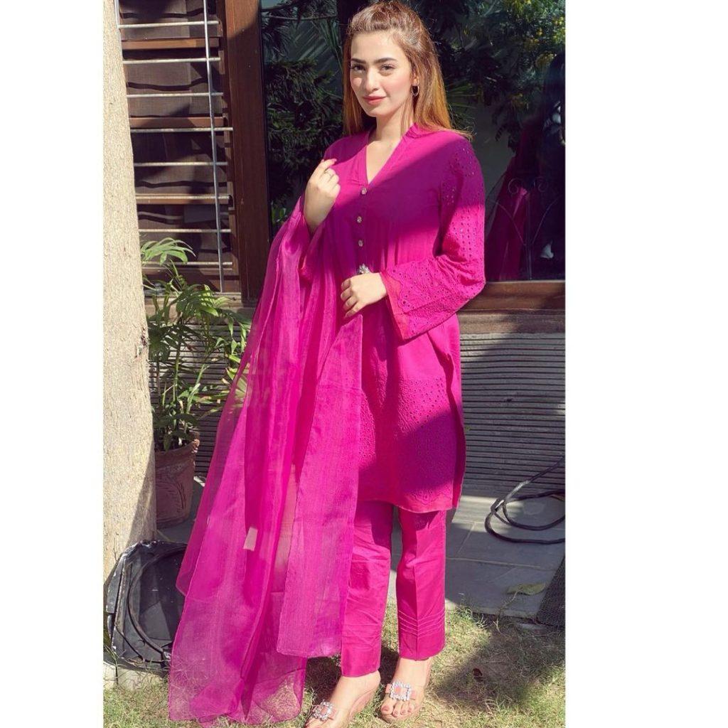 Nawal Saeed Is Obsessed With Mahira Khan