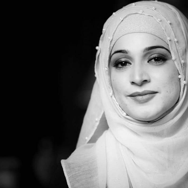 Pakistani Eminent Actresses Wearing Hijab