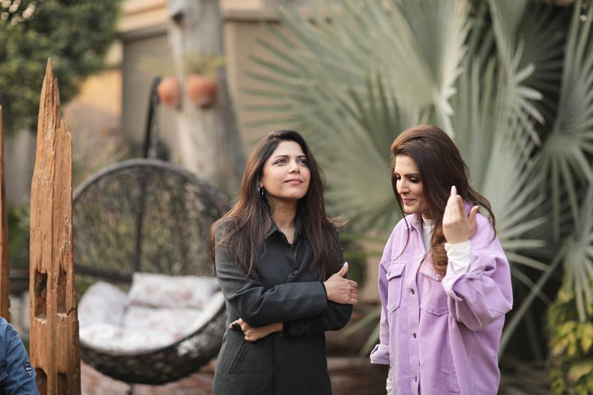 Resham Khan And Hadiqa Kiani Spotted Spending Some Quality Time Together