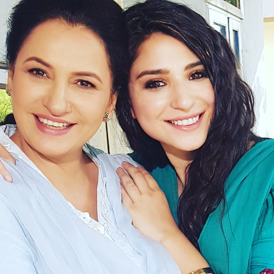 Glowing Pictures of Saba Faisal On The Sets