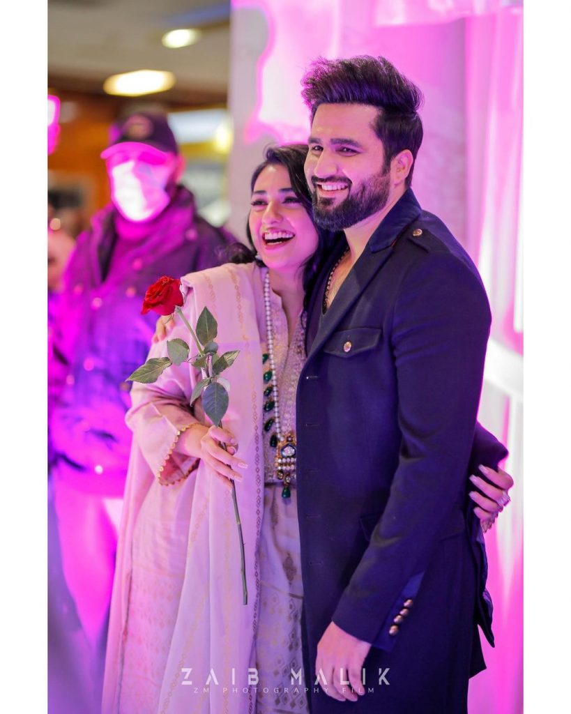 Sarah Khan And Falak Shabbir Spotted At A Store Launch In Islamabad