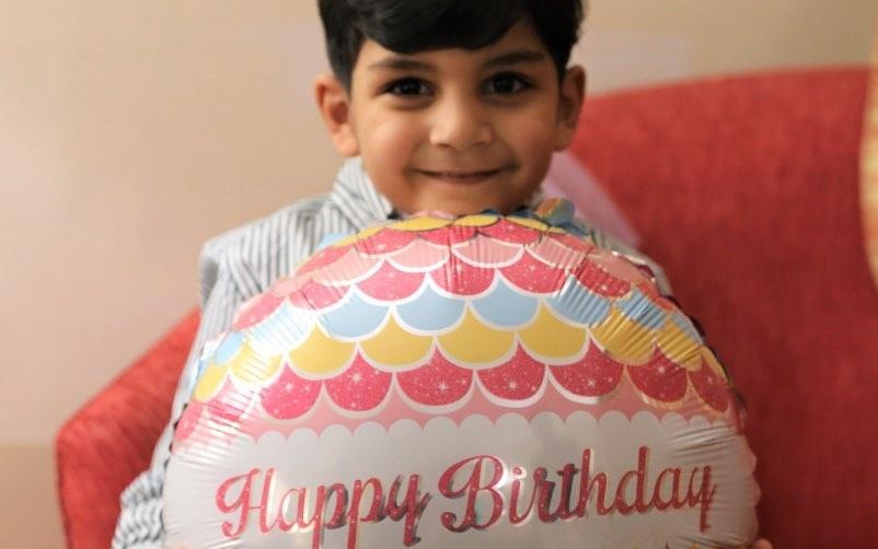 Sarfaraz Ahmed Celebrates His Son's Birthday With His Team
