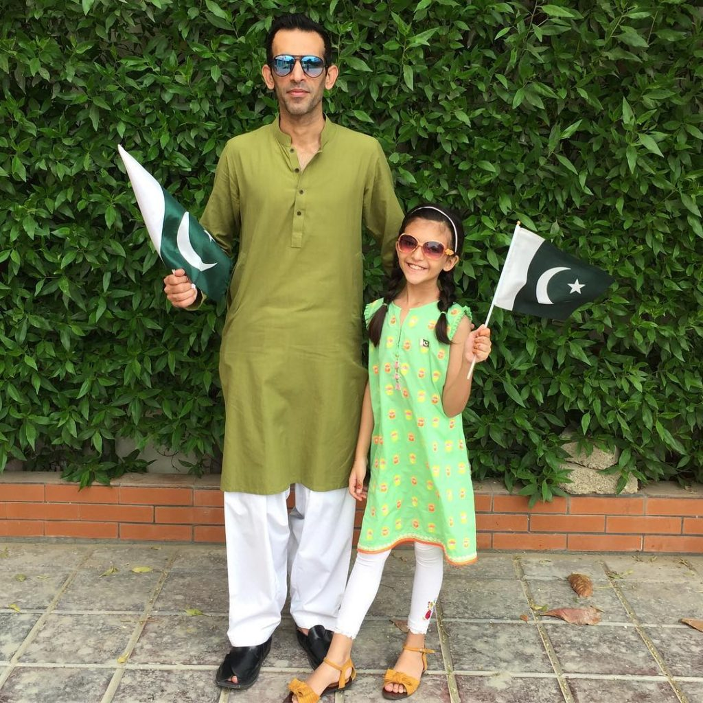 Ready Steady Go Famed Shafqat Khan's Family Pictures