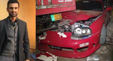 Shoaib Malik's Sports Car Crashes In Accident