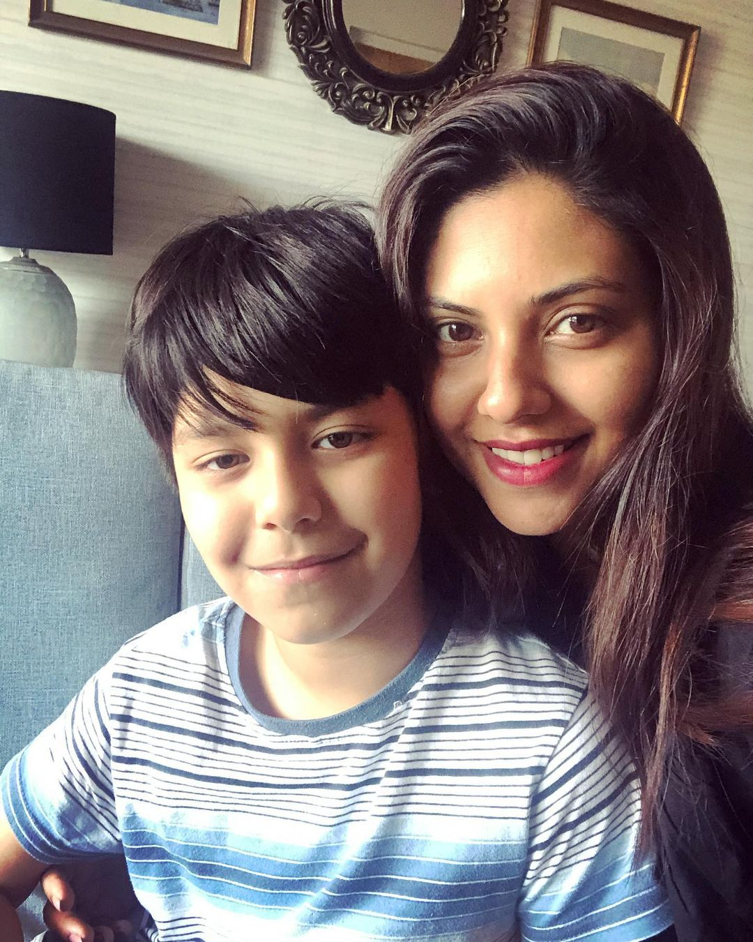 Beautiful Family Pictures of Gorgeous Sunita Marshal