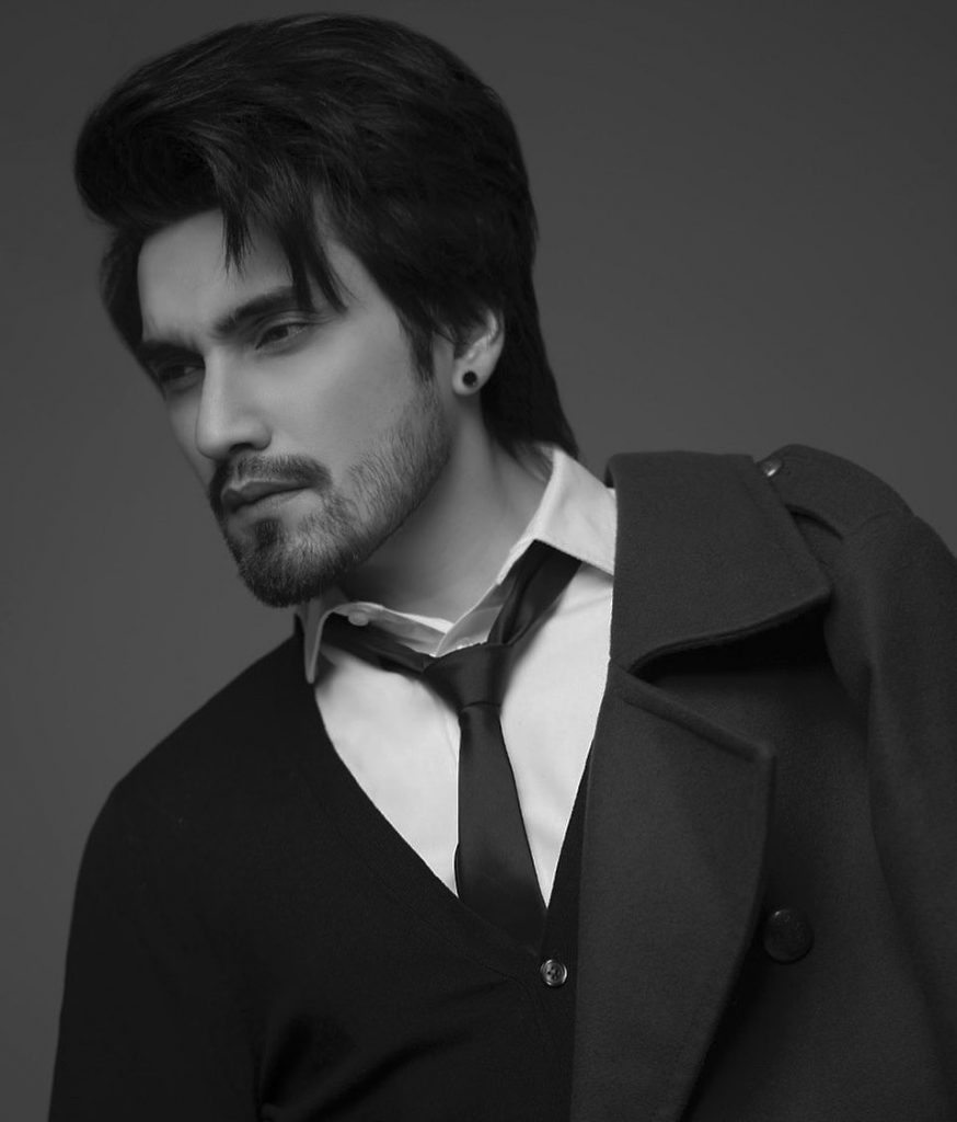 A Closer Look at The Handsome Singer –Uzair Jaswal