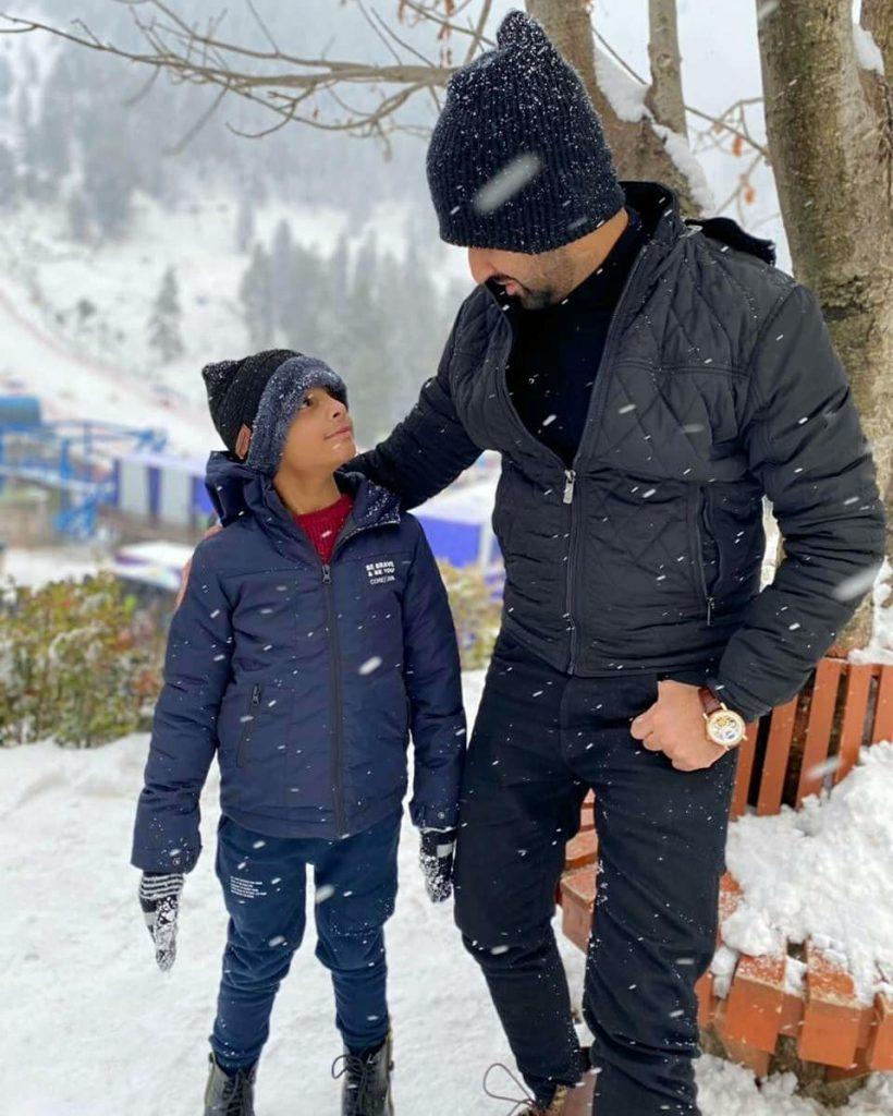 Waseem Badami Vacationing In Malam Jabba With His Son