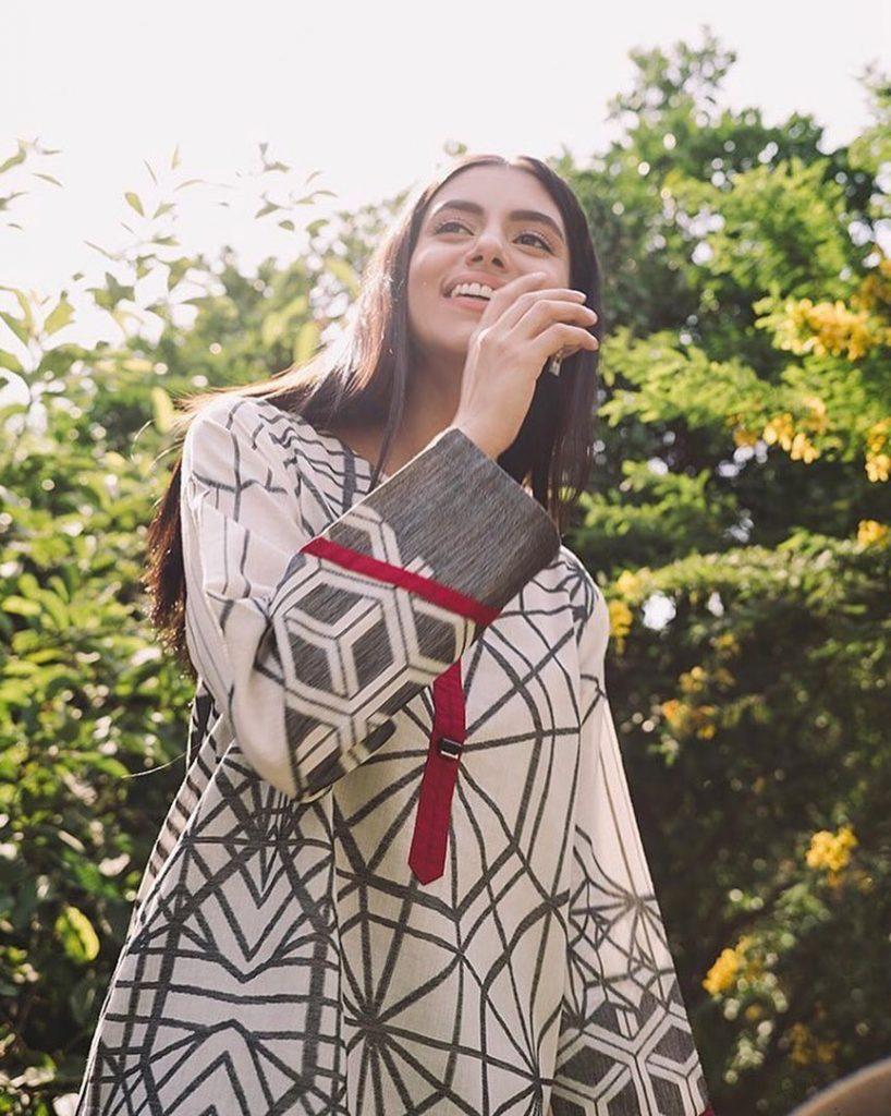 Beautiful Unseen Pictures Of Fashion Model Zara Peerzada