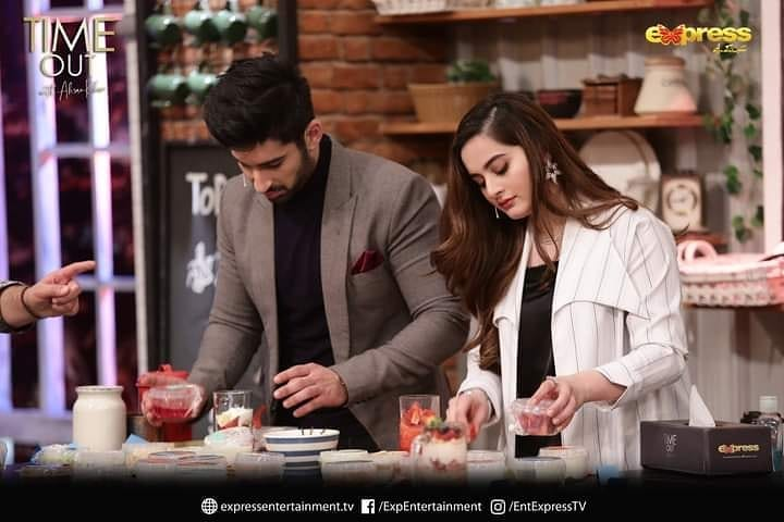 Beautiful Pictures of Aiman Khan and Muneeb Butt from Time out with Ahsan Khan