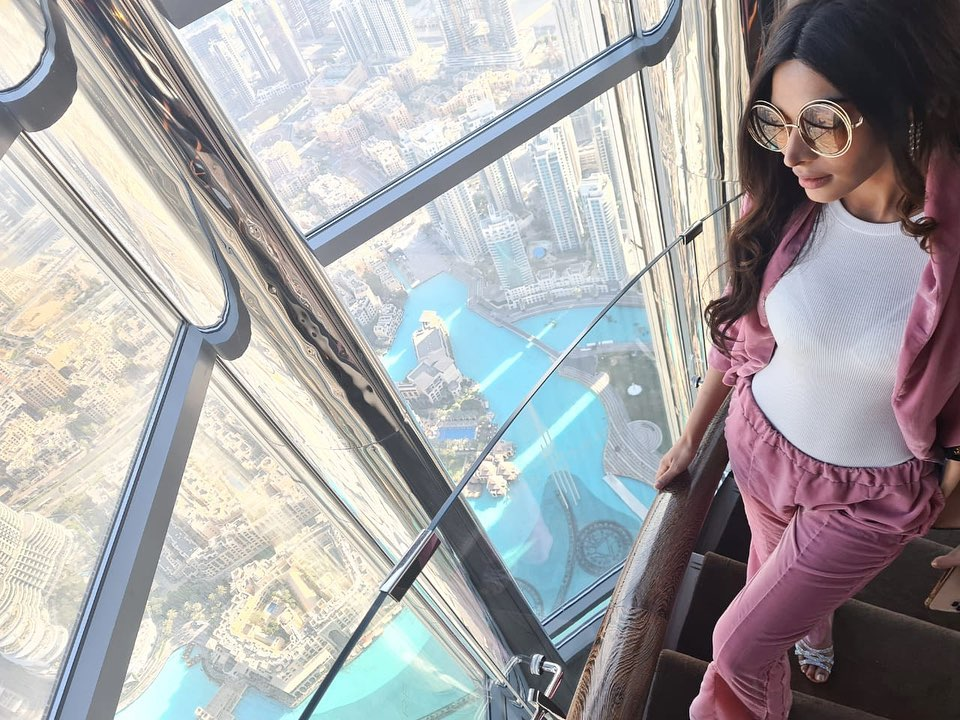 Eshal Fayyaz Enjoying Vacations In Dubai
