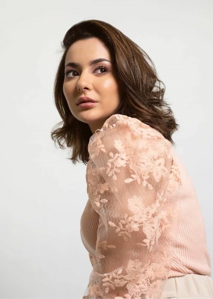 Hania Amir Has a Special Announcement for Wikipedia