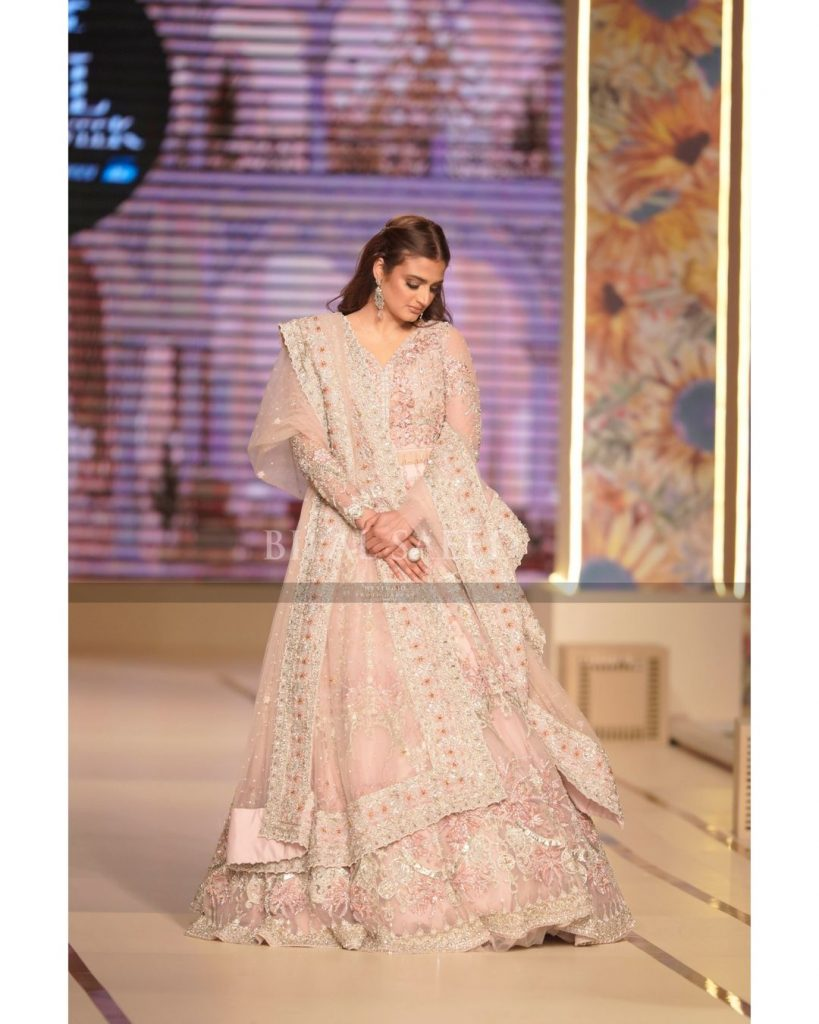 Hira Mani Walked On The 2nd Day Of BCW For Ahson Shoaib