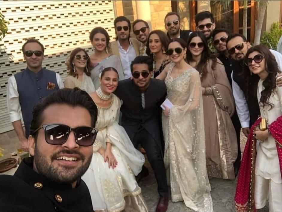"Nausheen Shah Was An ""Extra"" At Yasir Hussain's Wedding"